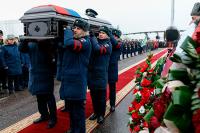 Минобороны предлагает увеличить расходы на похороны для военных