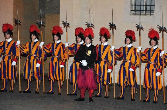 Швейцарские гвардейцы ни разу не подвели Папу Римского