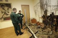 Заключенным могут разрешить трудиться на воле и получать до 45 тысяч рублей