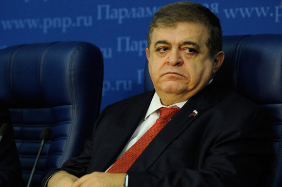 Джабаров предложил полностью запретить продажу алкоголя в самолётах