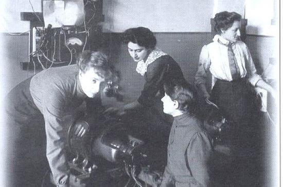 Когда женщинам в России разрешили получать высшее техническое образование