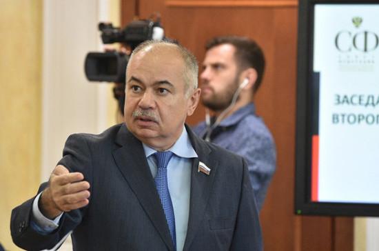 Умаханов: народная дипломатия может содействовать миру на Ближнем Востоке