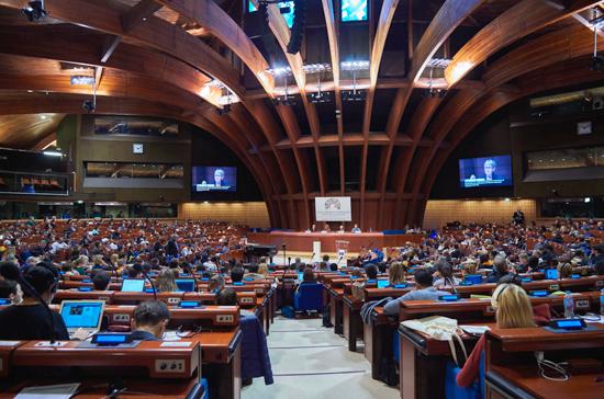 Большинство стран Совета Европы выступает за сохранение членства России, заявил постпред РФ