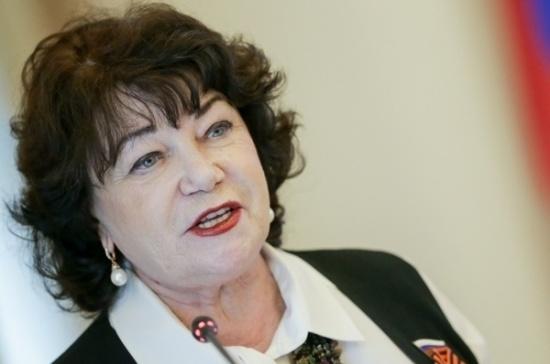 В Госдуме поддержали идею засчитывать уход за детьми в трудовой стаж женщин