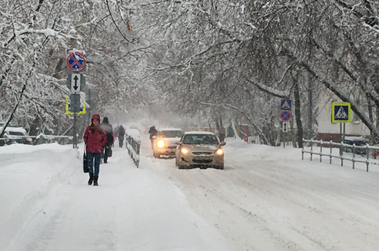 Эксперт рассказал, куда жаловаться на уборку снега