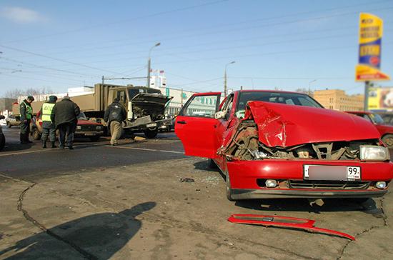 Олег Нилов: в каждом десятом случае ДТП водители скрываются с места аварии