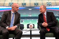Путин наградил главу ФИФА орденом Дружбы