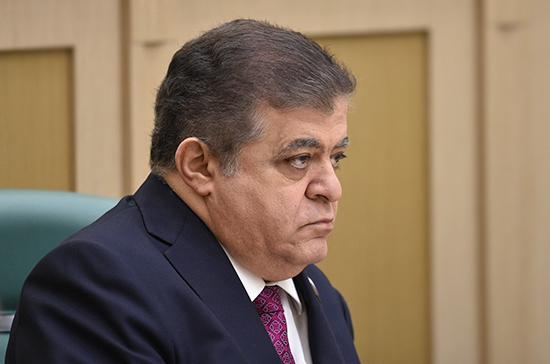 Джабаров назвал глупым закон о недопуске российских наблюдателей на выборы на Украине