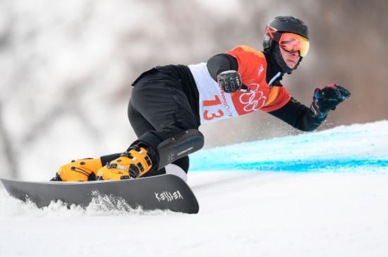 Спикер Красноярского Заксобрания поздравил сноубордиста Логинова с победой на ЧМ