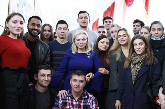 Общественная приёмная Ольги Ковитиди начала работу в Медицинской академии КФУ