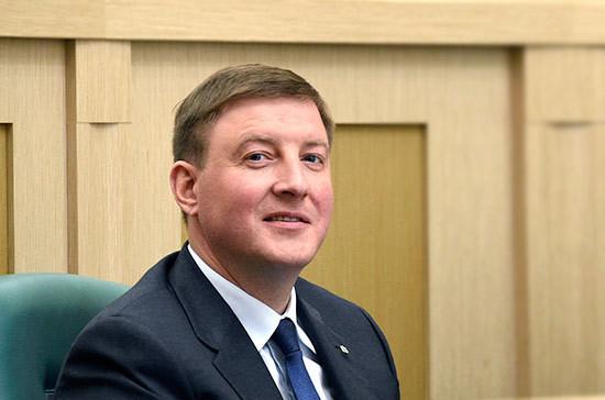 Турчак призвал «Молодую Гвардию» представлять интересы всей молодёжи