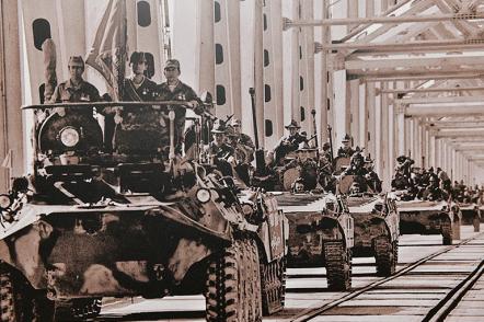 В Госдуме открылась выставка, посвященная 30-летию вывода советских войск из Афганистана