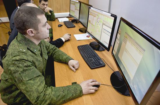 Военнослужащие не смогут пользоваться смартфонами и социальными сетями