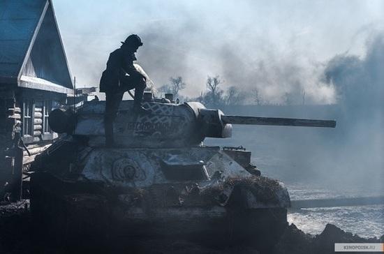 Сыгравший Василёнка актёр назвал провокацией призыв запретить фильм «Т-34» в США