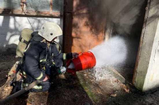 В Симферополе на заводе пластмасс произошёл пожар