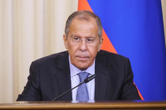 Закон о курсе Украины в НАТО направлен на уничтожение минских договорённостей, заявил Лавров