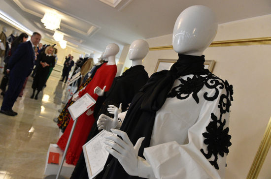 В Совете Федерации открылась выставка российских дизайнеров