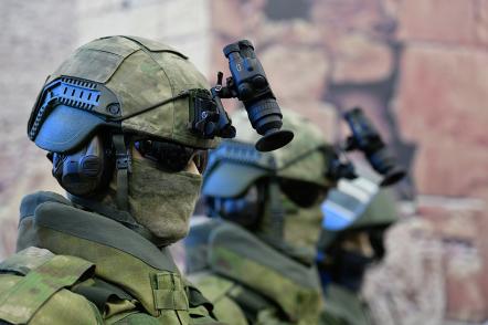 В Госдуме открылась выставка изъятого у сирийских боевиков оружия