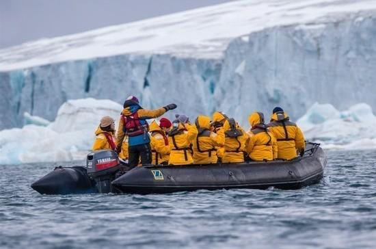 Круизный туризм в Арктике предлагают упростить