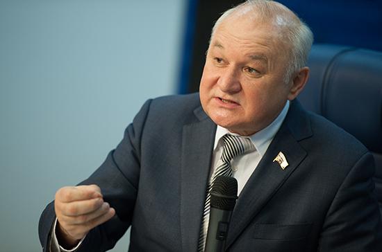 Региональным депутатам предложили вернуть право возглавлять НКО