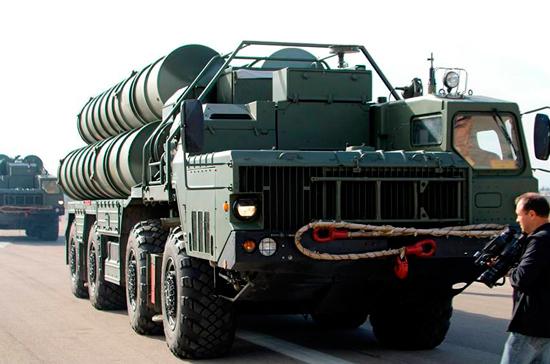 Новый полк С-400 заступил на боевое дежурство в Калининградской области