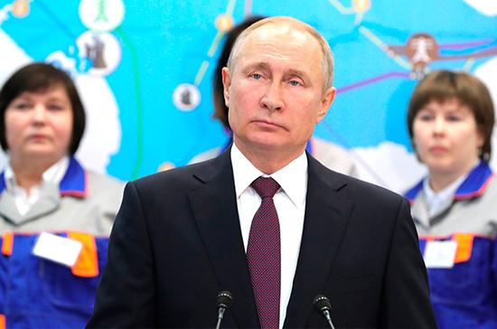 Путин дал старт работе двух электростанций в Крыму