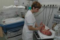 Гражданским супругам и одиноким женщинам могут разрешить стать родителями детей, рождённых суррогатными мамами