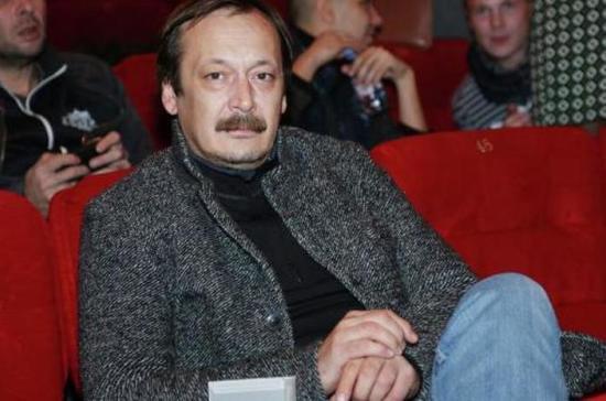 Актёр Владислав Ветров поделился воспоминаниями о работе с Марленом Хуциевым