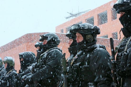 Приём в Росгвардию упростят бывшим полицейским