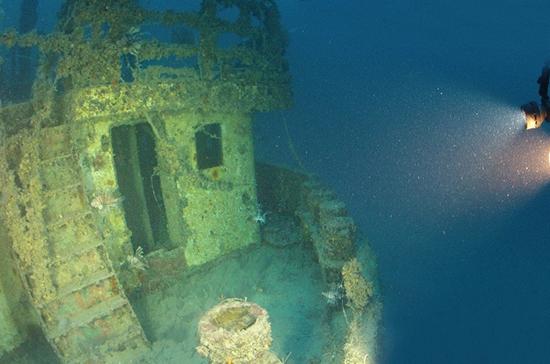 Петербург предлагает закон для затонувших кораблей