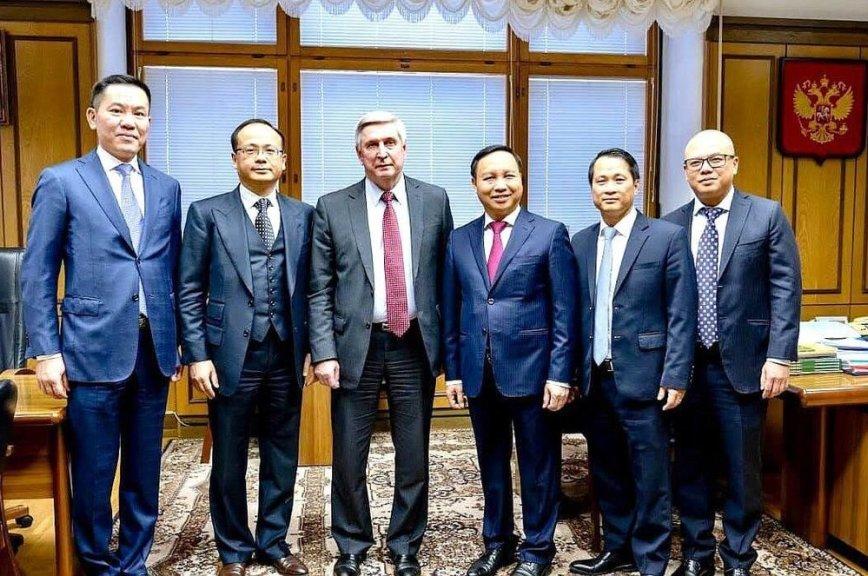 Мельников обсудил с вьетнамской диаспорой сложности адаптации в России