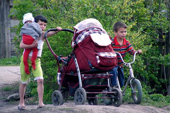 Почти 5 тысяч земельных участков получат многодетные семьи в Подмосковье до конца года