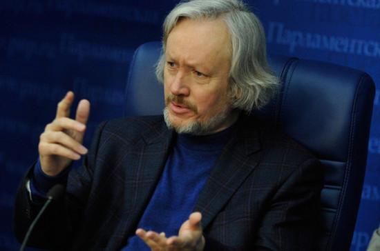 Эксперт: без фальсификаций Порошенко не сможет выиграть выборы на Украине