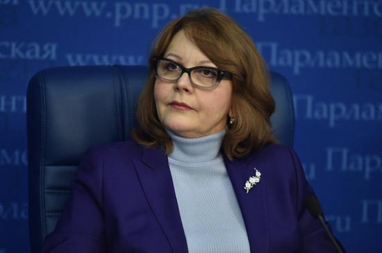 Цыбизова рассказала, благодаря чему повышается ответственность медиков