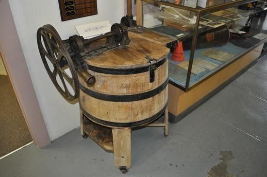 Как деревянный ящик превратился в современную стиральную машину