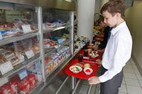 Субсидии  на питание предложили переводить школьникам напрямую