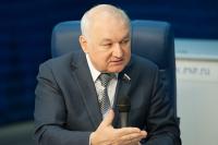 Гильмутдинов предложил Минкомсвязи изучить вопрос вещания региональных каналов на языках народов России
