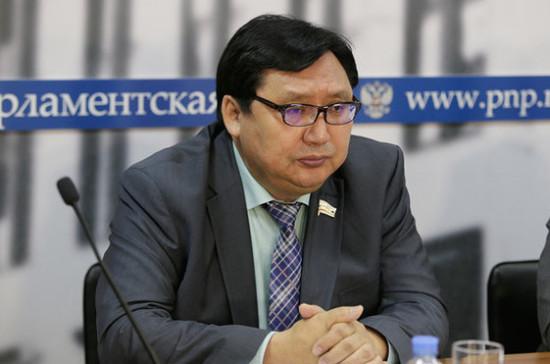 Акимов отметил необходимость принятия комплексного закона по ускоренному развитию Арктики