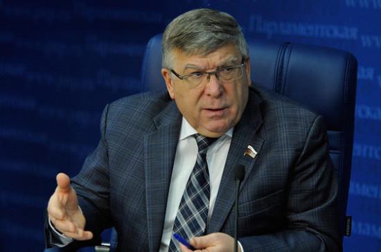 Рязанский: граждане должны участвовать в работе с неблагополучными семьями