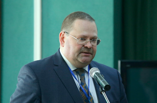 Мельниченко отметил важность упрощения процедуры отчёта о доходах для сельских депутатов
