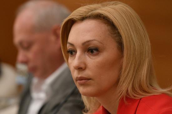 Тимофеева призвала оказать поддержку местным печатным СМИ