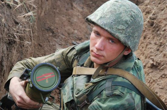 Общественные организации смогут готовить россиян к военной службе