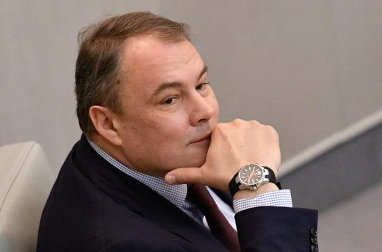 Толстой назвал принятую ПАСЕ резолюцию по России ультиматумом