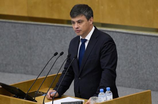 Морозов поддержал идею об обязательном паспорте прививок для детей