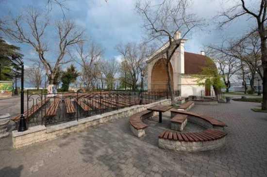 В Севастополе отремонтируют летнюю эстраду на Приморском бульваре