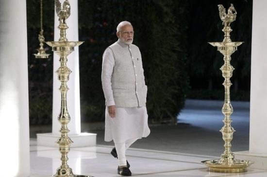 Путин наградил премьер-министра Индии орденом Святого апостола Андрея Первозванного
