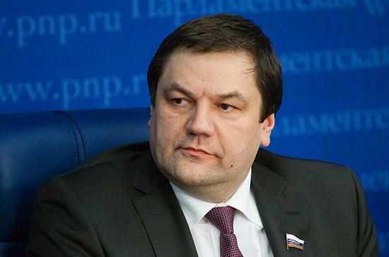 Сенатор Фомин прокомментировал новый закон о хостелах