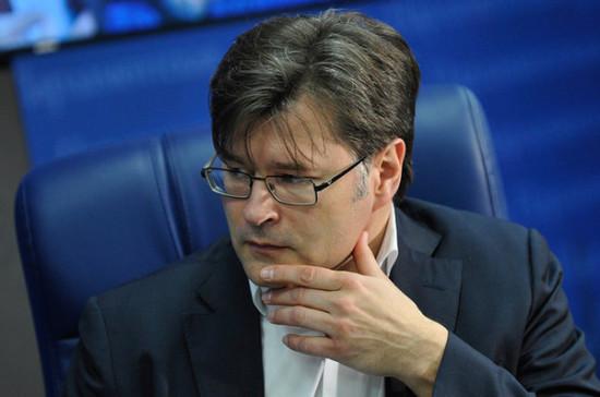 Зеленскому придётся выстраивать отношения с Россией в сложных условиях, заявил Мухин