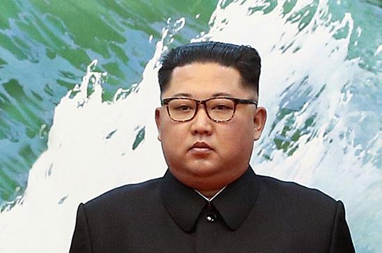 Лидер Северной Кореи выехал на бронепоезде в Россию