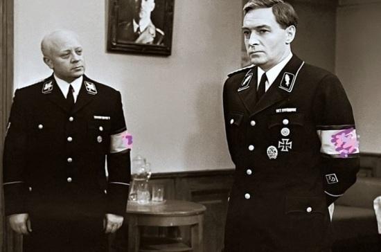 Правительство РФ поддержало отмену запрета на показ нацистской символики в кино